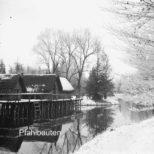 Pfahlbauten - Pfahlbauten im Winter Aufnahme um 1920